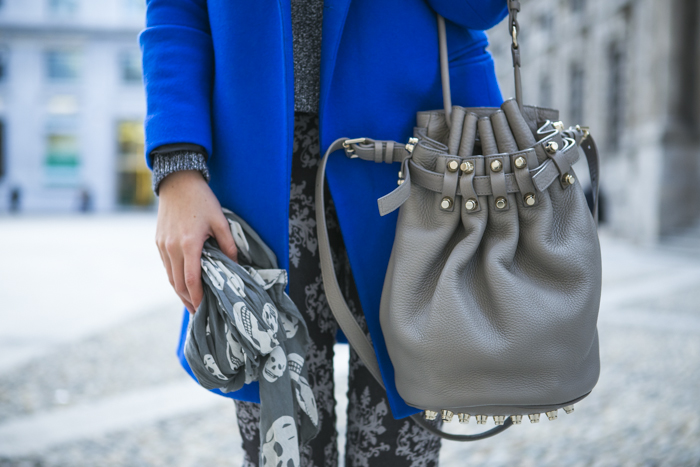 thecablook fashion blog darya kamalova street style alexander wang diego bucket grey bag asos cobalt coat sheinside barocco pants zara silver sweater cooee earings scull scarf choies booties giant vintage sunies-62
