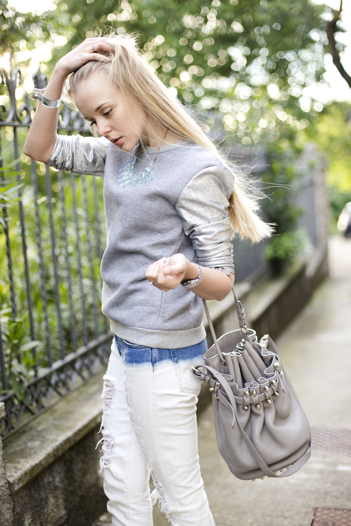 thecablook darya kamalova fashion blog street slyle outfit blogger russian italy ripped jeans zara fradient lavish alice sweatshirt topshop silver heels alexander wang diego bucket bag cooee necklace bracelet giant vintage sunglasses-32