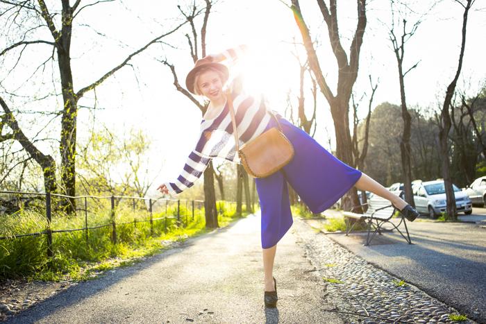 thecablook fashion blog darya kamalova street fashion asos cobalt blue electric culottes sheinside sweater hm camel hat ziba earings topshop black heels vintage leather bag vj style ring-19
