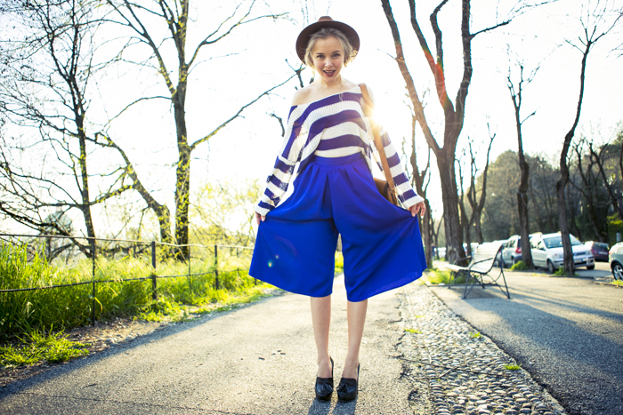 thecablook fashion blog darya kamalova street fashion asos cobalt blue electric culottes sheinside sweater hm camel hat ziba earings topshop black heels vintage leather bag vj style ring-27