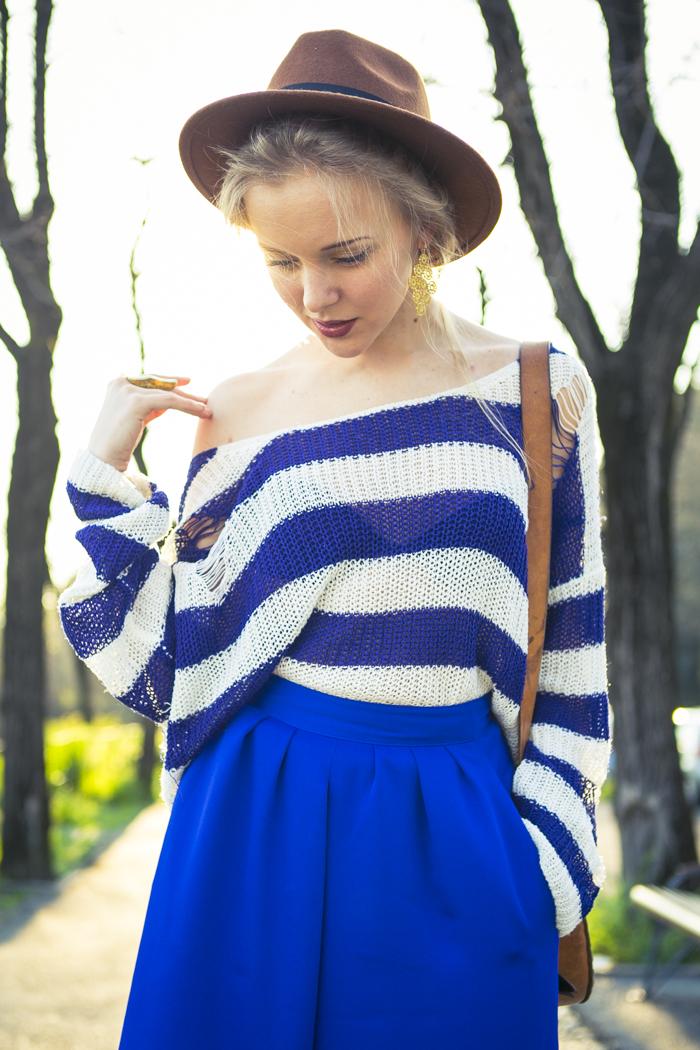 thecablook fashion blog darya kamalova street fashion asos cobalt blue electric culottes sheinside sweater hm camel hat ziba earings topshop black heels vintage leather bag vj style ring-37