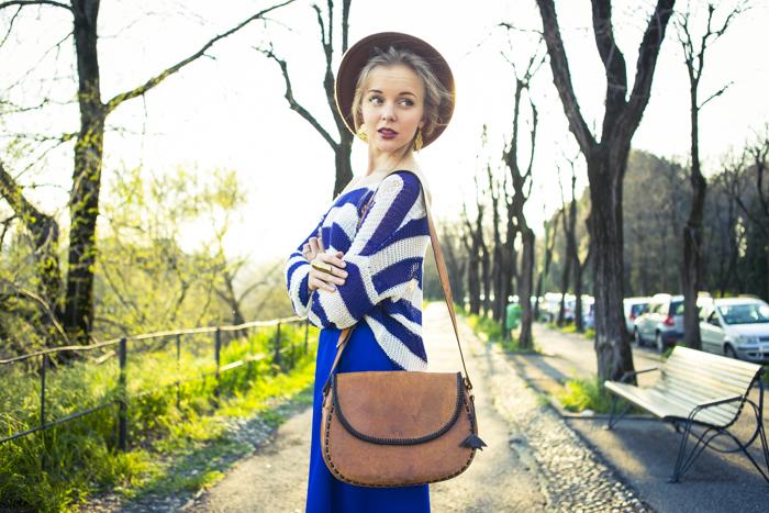thecablook fashion blog darya kamalova street fashion asos cobalt blue electric culottes sheinside sweater hm camel hat ziba earings topshop black heels vintage leather bag vj style ring-45