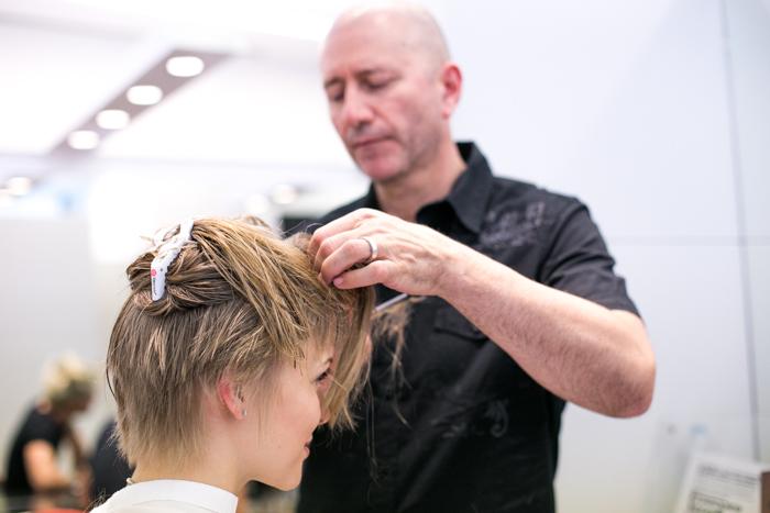 thecablook darya kamalova fashion blog street haircut pixie short hair franco curletto milano hairstyle changelikedarya-25