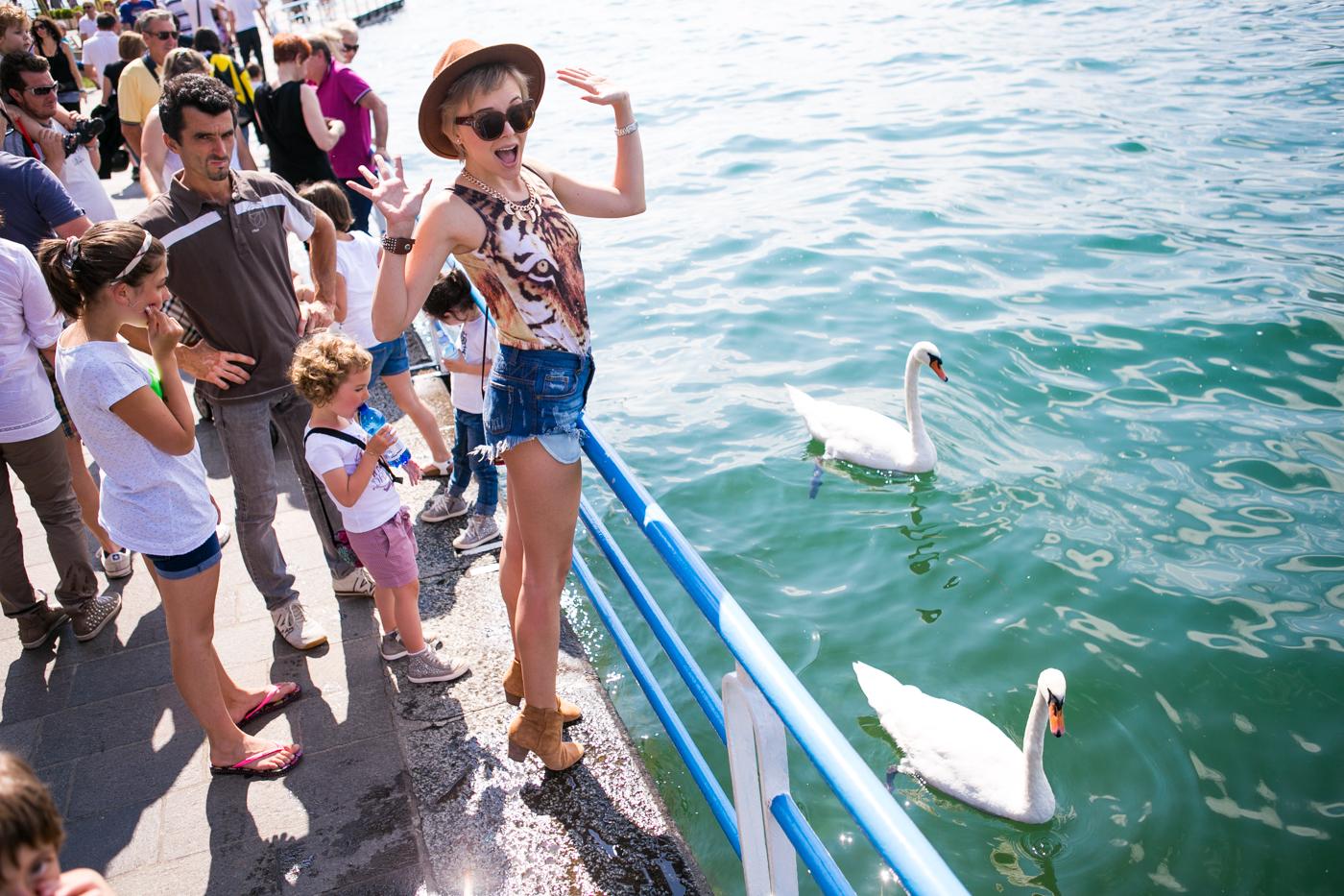 thecablook darya kamalova fashion blog street style denim shorts ash booties hm hat iseo lake piramidi di zona brescia-56
