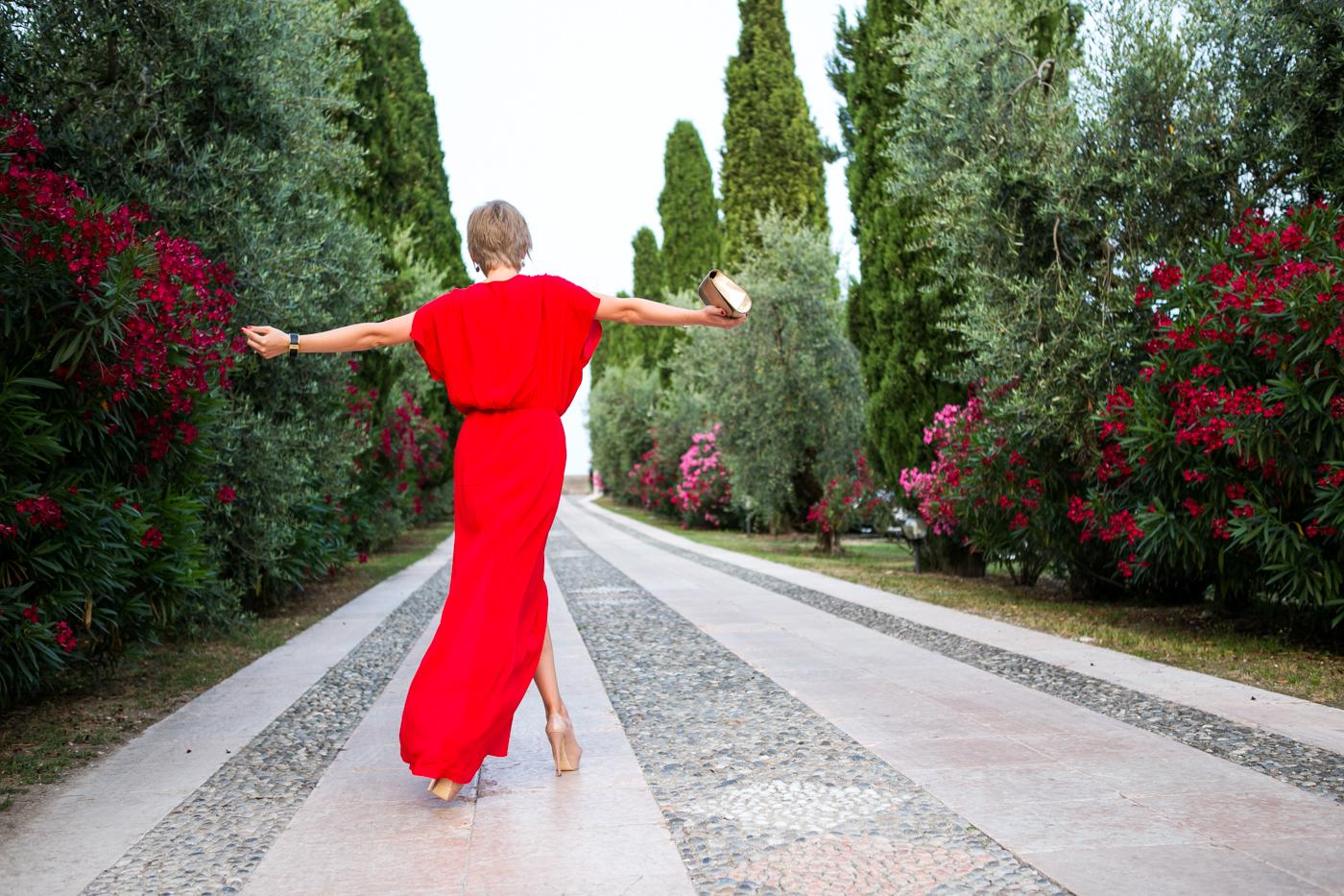 thecablook darya kamalova fashion blog street style mango red dress nando muzzi heels ziba earings ysl golden metallic clutch wedding villa-81