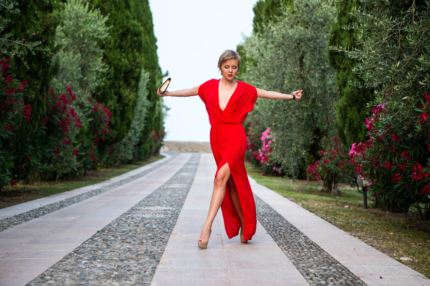 thecablook darya kamalova fashion blog street style mango red dress nando muzzi heels ziba earings ysl golden metallic clutch wedding villa-89