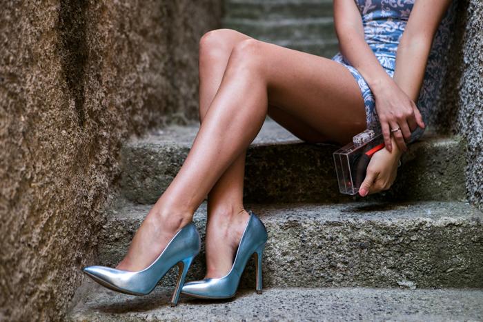 thecablook darya kamalova fashion blog street style motel rocks dress topshop heels zara transparent clutch giant vintage blue sunnies-14