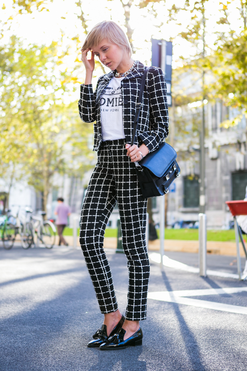 darya kamalova thecablook fashion style proenza schouler ps11 bag black textured leather asos suit black and white loafers alberto zambelli presentation ss 14 byblos milano catwalk show patrizia pepe showroom-32