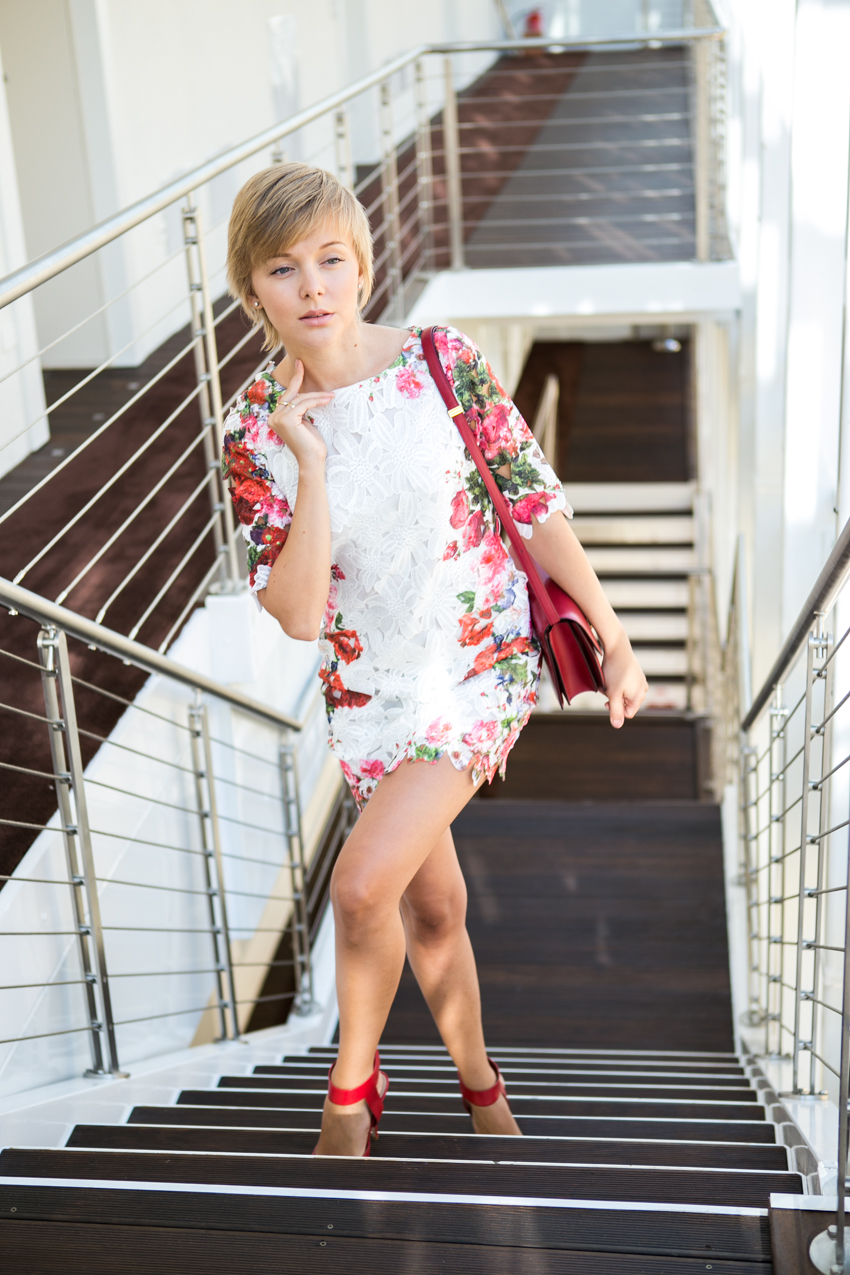 thecablook darya kamalova guess denimdiaries sexywithotquestion magna pars suites milano steven heels celine classic box red bag chicwish dress pixie haircut short hair fashion blogger russian italy italian style-16
