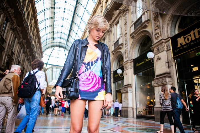 darya kamalova thecablook com fashion blog street style pixie hair cut blonde vipi creation bershka cut out boots leather shorts mr gugu top rip diet proenza schouler ps11 black bag leather jacket baldinini view friendship outfit-36 копия