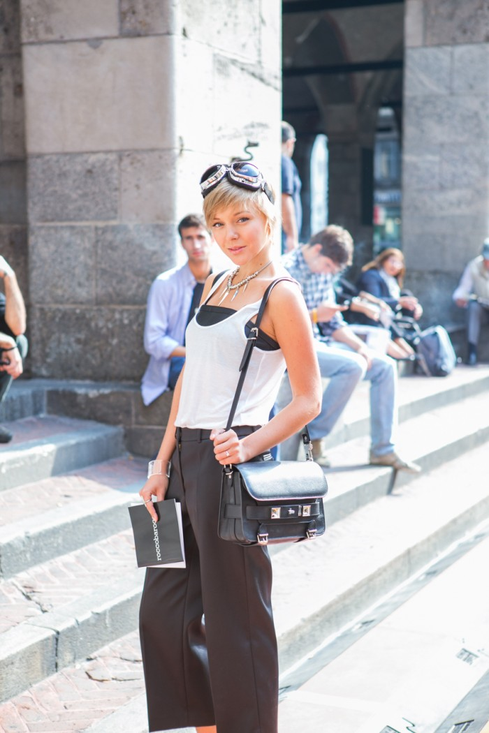 darya kamalova thecablook com mfw milan fashion week street style ss 14 chicca lualdi beequeen roccobarocco sfilata and other stories top leather giant vintage mmm maison martin margiela for hm transparent wedges proenza schouler ps11 bag_-4