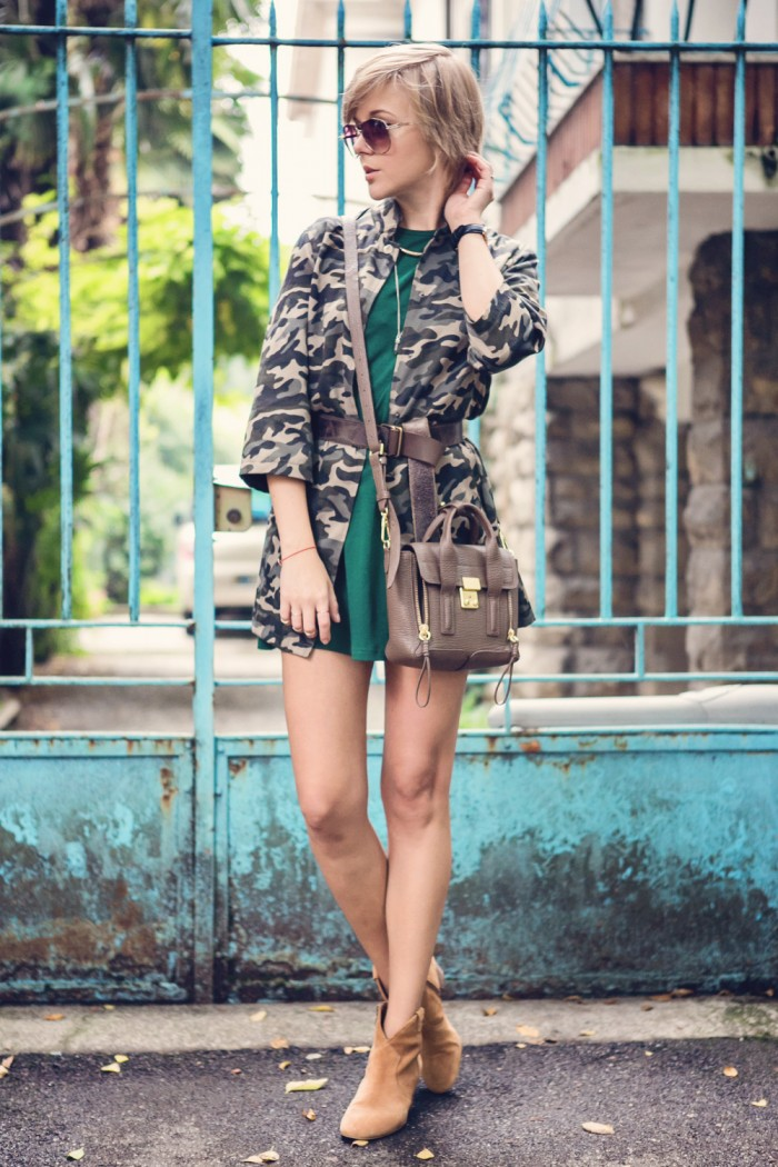 darya kamalova thecablook fashion blog street style outfit ootd choies military jacket and other stories jewellery daniel wellington watches axparis dress ash camel booties 3 1 phillip lim mini pashli taupe bag guess sunglasses-5 копия