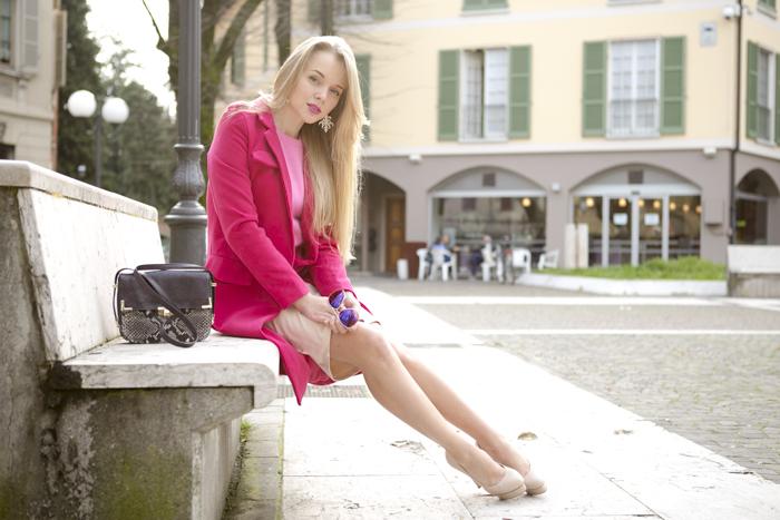 cablook fashion blog darya kamalova street choies coat fuchsia angora sweater jumper pink inlovewithfashion skirt high waist le silla heels pumps hm sunglasses sunnies-72