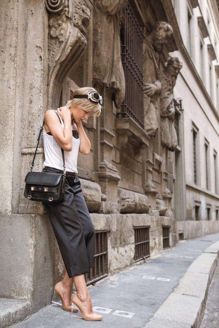 darya kamalova thecablook com mfw milan fashion week street style ss 14 chicca lualdi beequeen roccobarocco sfilata and other stories top leather giant vintage mmm maison martin margiela for hm transparent wedges proenza schouler ps11 bag_-55