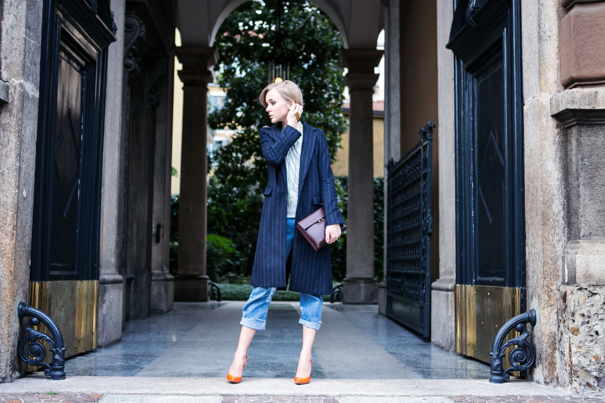 1thecablook darya kamalova russian italian fashion blogger blonde short hair pixie cut street style milan fashion week mfw aw14 15 ports show afterdrk first row zara coat casadei heels marni clutch malo presentation obika bar milano-33