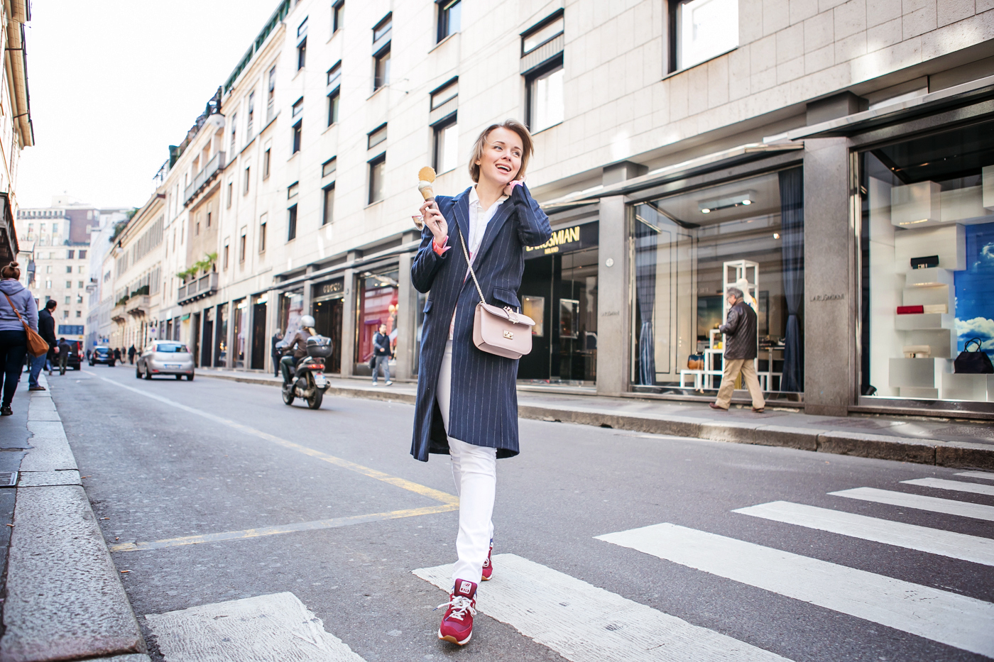 thecablook darya kamalova russian italian blogger street style short blonde hair mfw milan zara stripes coat valentino rock stud bag asos white jeans new balance trainers la rinascente terrazza aperol excelsior montenapoleone via duomo-17