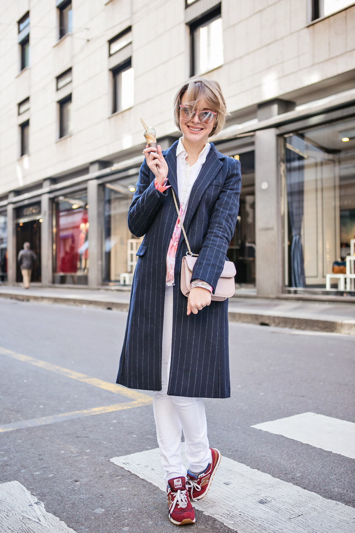 thecablook darya kamalova russian italian blogger street style short blonde hair mfw milan zara stripes coat valentino rock stud bag asos white jeans new balance trainers la rinascente terrazza aperol excelsior montenapoleone via duomo-19