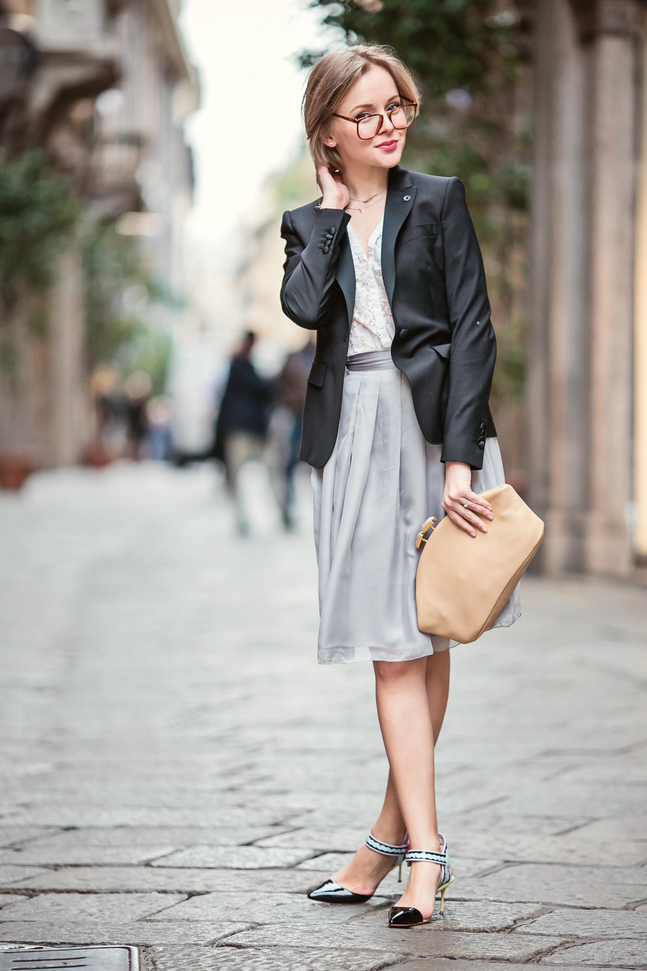 darya kamalova from thecablook com on lardini presentation in Milan and in attila showroom wearing lardini perfect black jacket with marni retro clutch and sophia webster kitten heels-42 copy